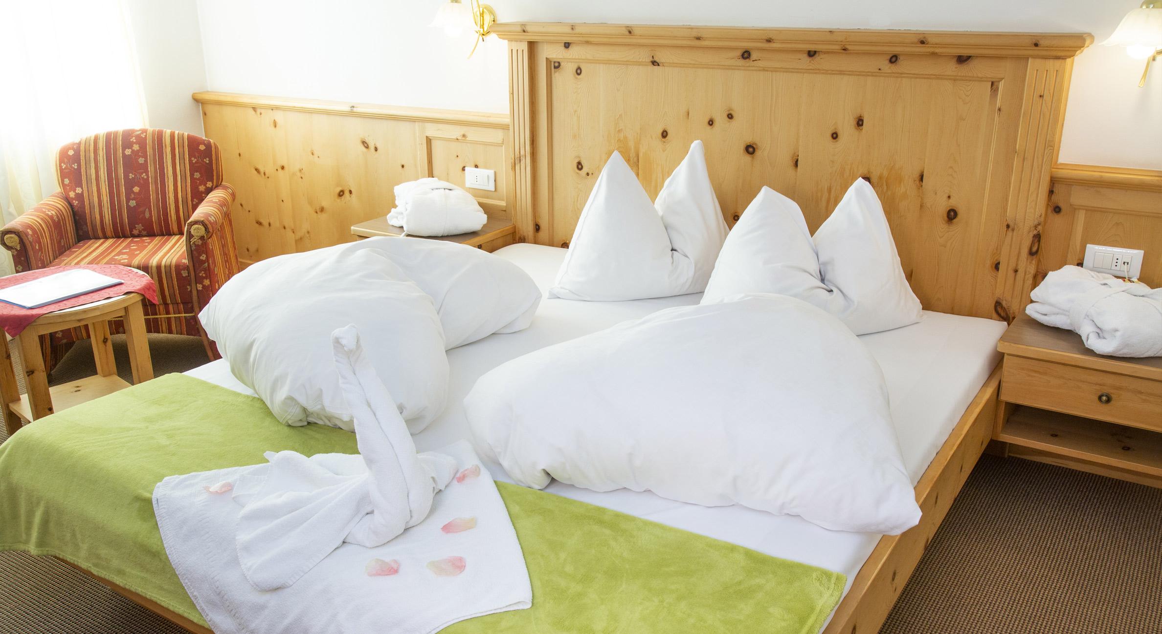 wohnen im mountain lake hotel vernagt. Black Bedroom Furniture Sets. Home Design Ideas